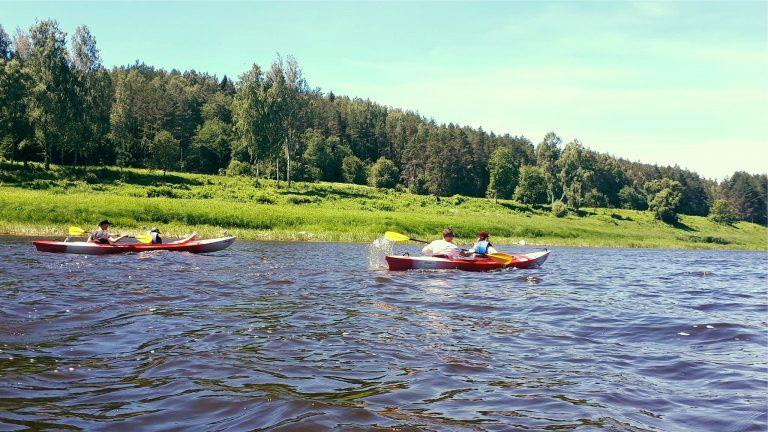 Мероприятие - прогулки на лодках по Даугаве