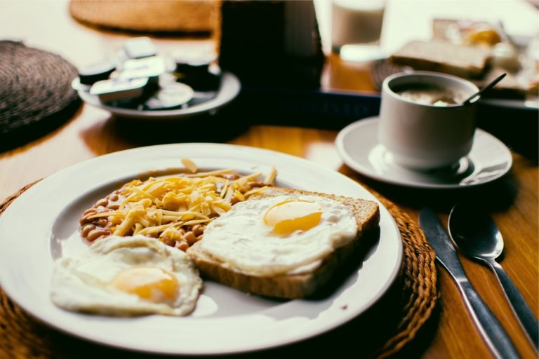 breakfast for free, breakfast at lielborne manor, stay at manor and breakfast